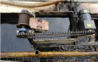 祁立环保表面浮油回收刮油机 QL-OS-8