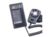 台湾泰仕TES-1332A数字式照度计 TES-1332A