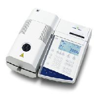 卤素水分测定仪 HR83