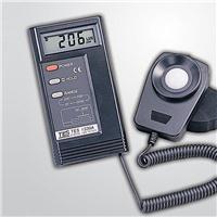 數字式照度儀 TES-1335 TES-1335