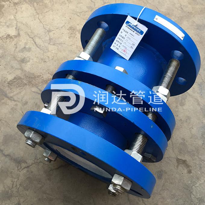 钢制伸缩器